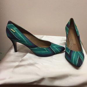 Colcci Pattered Heels, 7